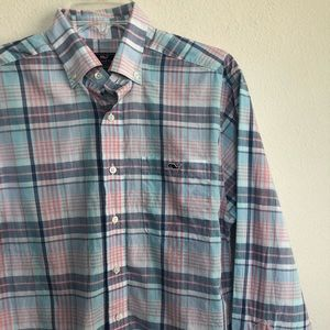 Vineyard vines classic fit Tucker button shirt S